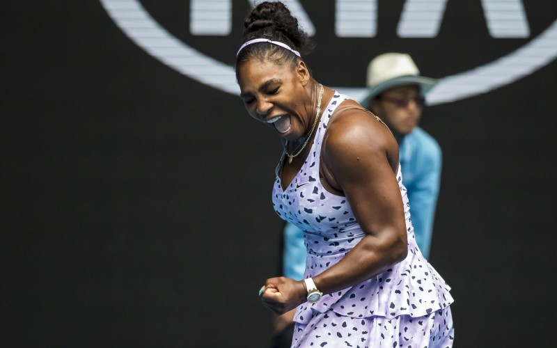 Serena Williams vuelve a caer en un Grand Slam y se aleja del récord