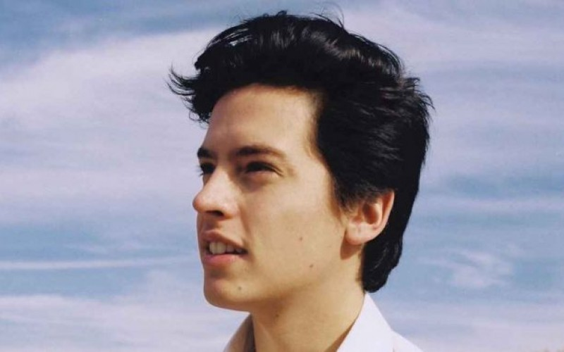 cole-sprouse-678x381-1.jpg