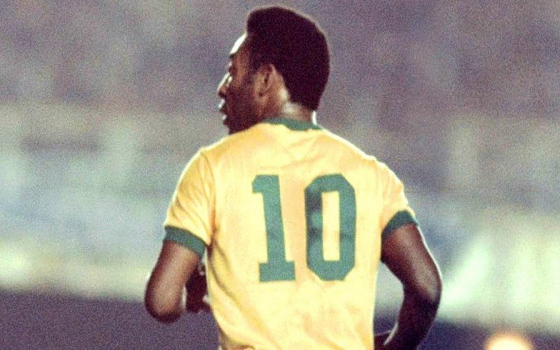 Pelé tendrá un documental de su vida en Netflix